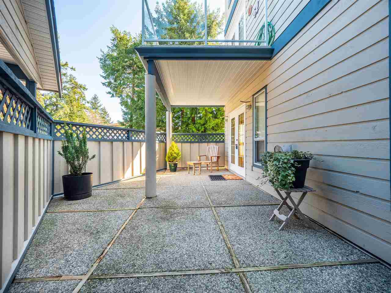 "Photo 2: Photos: 105 5768 MARINE Way in Sechelt: Sechelt District Condo for sale in ""Cypress Ridge"" (Sunshine Coast)  : MLS®# R2446337"