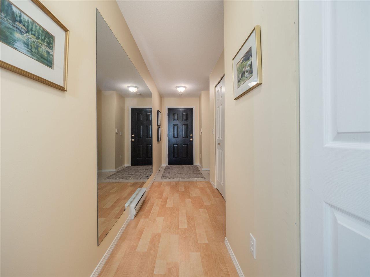 "Photo 15: Photos: 105 5768 MARINE Way in Sechelt: Sechelt District Condo for sale in ""Cypress Ridge"" (Sunshine Coast)  : MLS®# R2446337"