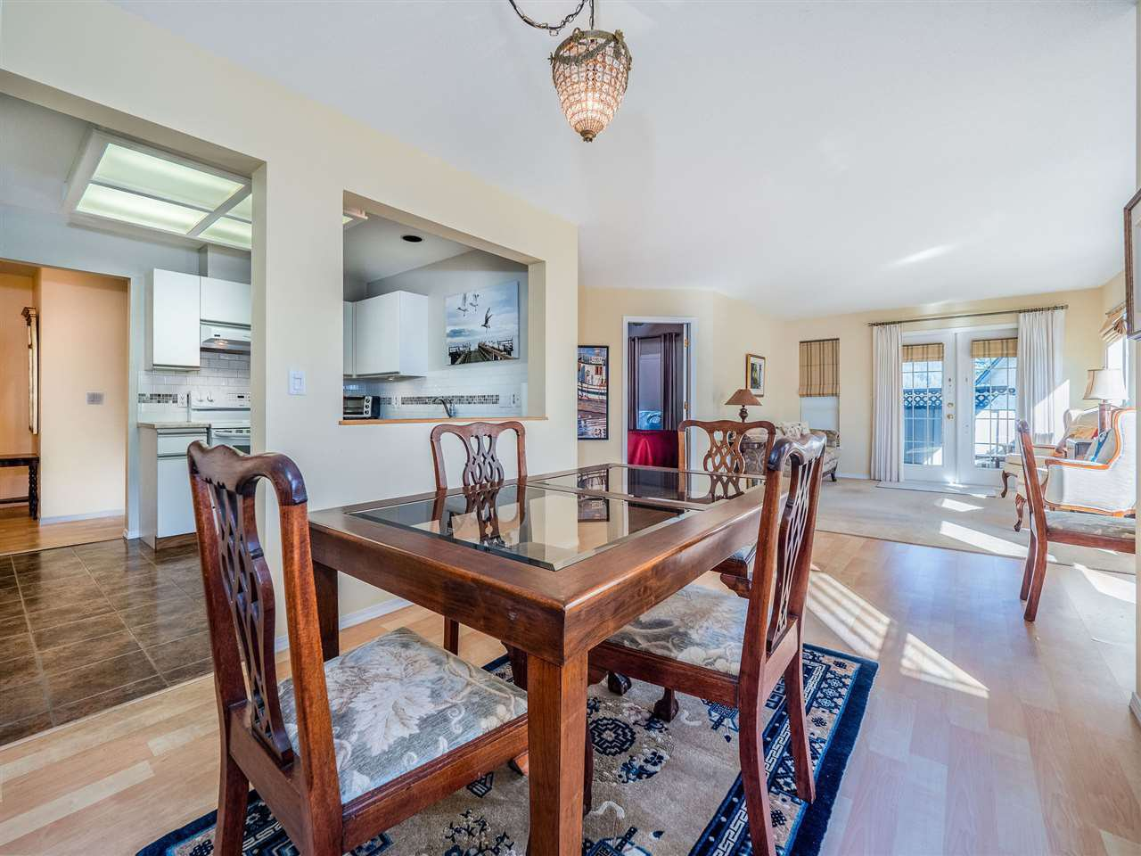 "Photo 10: Photos: 105 5768 MARINE Way in Sechelt: Sechelt District Condo for sale in ""Cypress Ridge"" (Sunshine Coast)  : MLS®# R2446337"