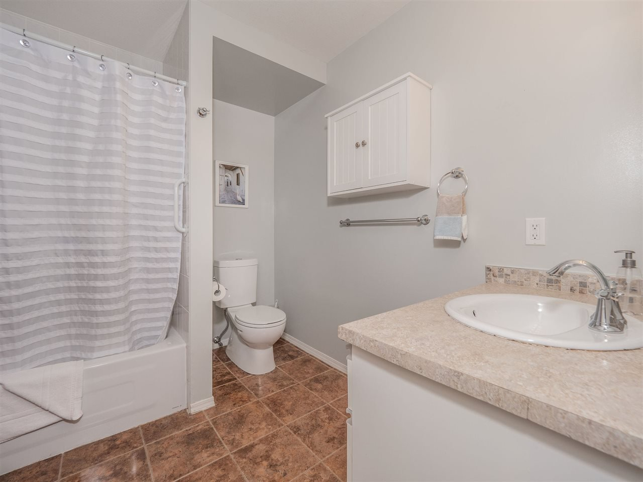 "Photo 13: Photos: 105 5768 MARINE Way in Sechelt: Sechelt District Condo for sale in ""Cypress Ridge"" (Sunshine Coast)  : MLS®# R2446337"