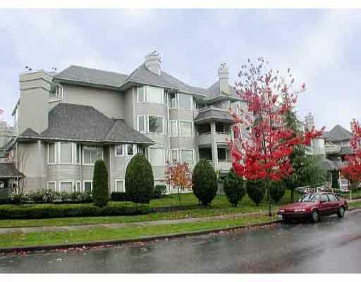 "Main Photo: 308 3183 ESMOND Avenue in Burnaby: Central BN Condo for sale in ""THE WINCHELSEA"" (Burnaby North)  : MLS®# V688494"