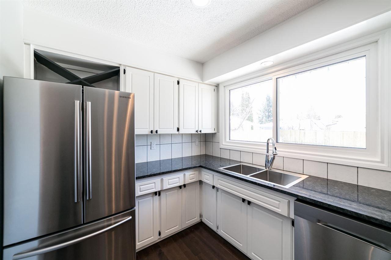 Main Photo: 1020 PARKER Drive: Sherwood Park House for sale : MLS®# E4183532