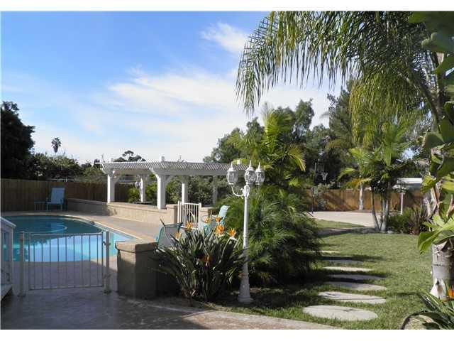 Main Photo: CHULA VISTA House for sale : 5 bedrooms : 160 Corte Maria