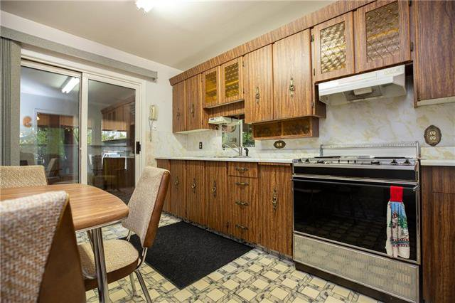 Photo 6: Photos: 95 Dunraven Avenue in Winnipeg: Residential for sale (2D)  : MLS®# 1927914