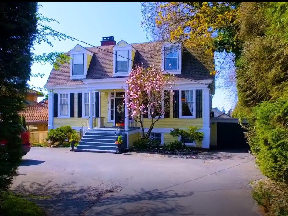Main Photo: : Vancouver House for sale : MLS®# AR123