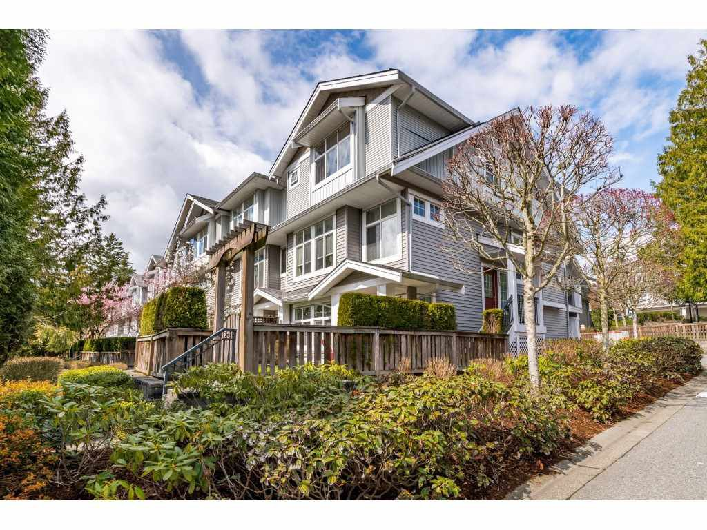 """Main Photo: 35 20449 66 Avenue in Langley: Willoughby Heights Townhouse for sale in """"Nature's Landing"""" : MLS®# R2448569"""