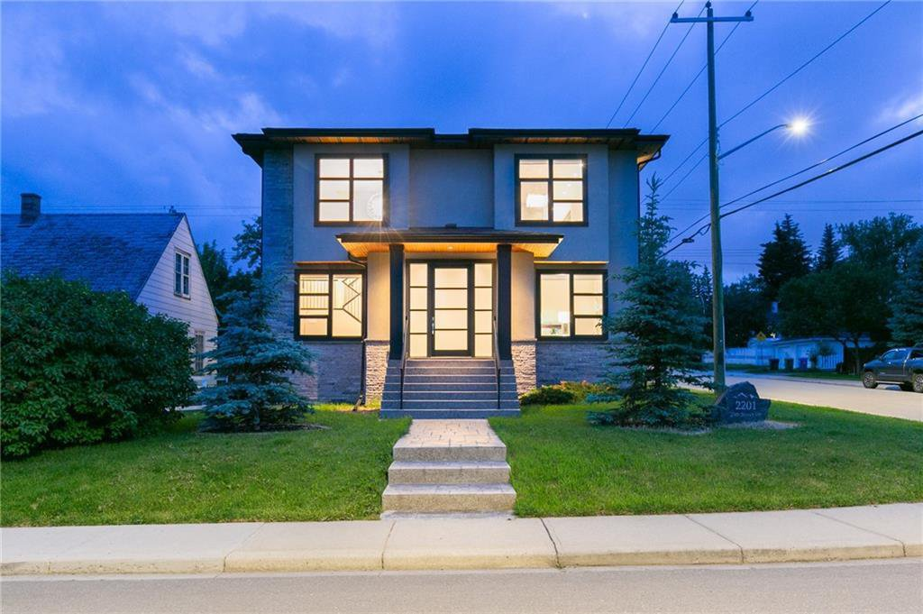 Main Photo: 2201 25 Street SW in Calgary: Richmond Detached for sale : MLS®# C4305984