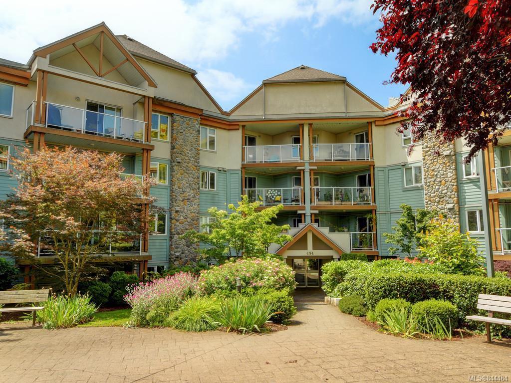 Main Photo: 106 494 Marsett Pl in Saanich: SW Royal Oak Condo Apartment for sale (Saanich West)  : MLS®# 844484