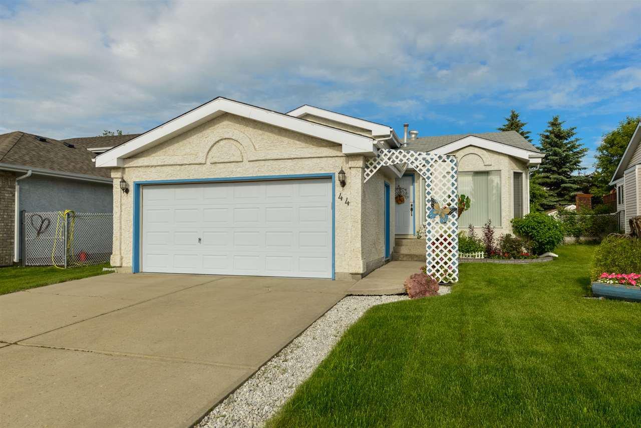 Main Photo: 44 ABERDEEN Way: Stony Plain House for sale : MLS®# E4216505
