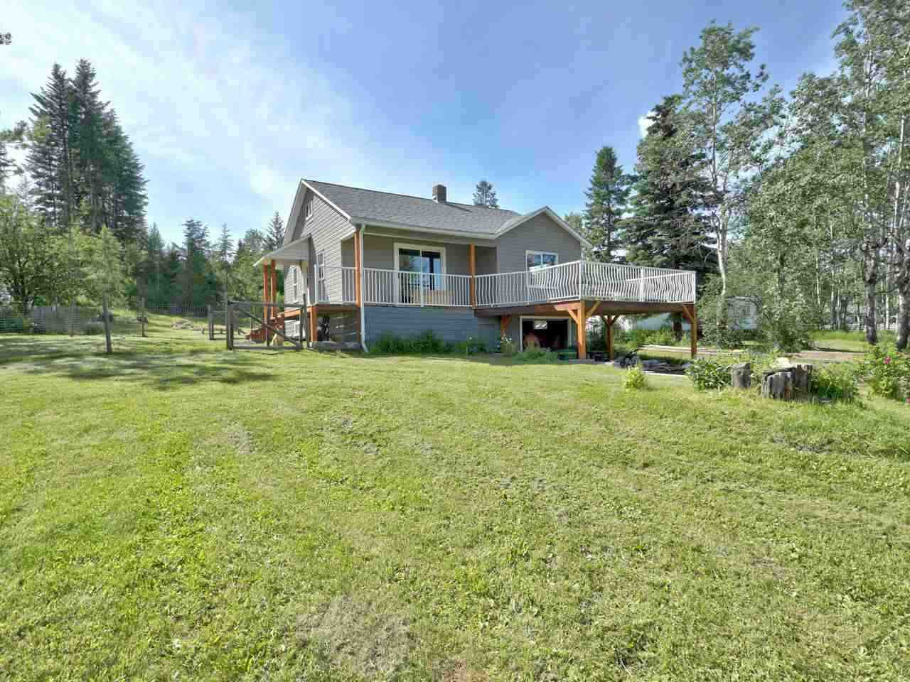 Main Photo: 4508 EAGLE CREEK Road: Forest Grove House for sale (100 Mile House (Zone 10))  : MLS®# R2524964