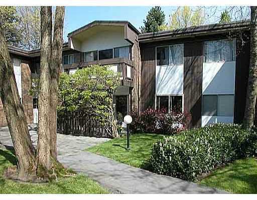 """Main Photo: 2 5535 OAK Street in Vancouver: Shaughnessy Condo for sale in """"SHAWNOAKS"""" (Vancouver West)  : MLS®# V811099"""
