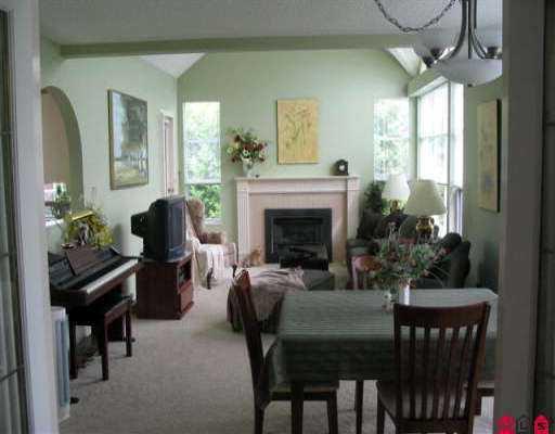 "Photo 5: Photos: 302 15131 BUENA VISTA AV: White Rock Condo for sale in ""BAY POINTE"" (South Surrey White Rock)  : MLS®# F2513608"