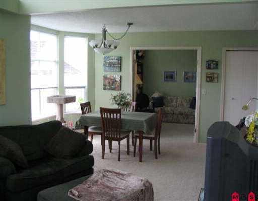 "Photo 6: Photos: 302 15131 BUENA VISTA AV: White Rock Condo for sale in ""BAY POINTE"" (South Surrey White Rock)  : MLS®# F2513608"
