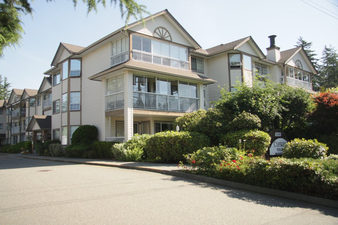 Main Photo: 108 32145 Old Yale Road in Abbotsford: West Abbotsford Condo for sale : MLS®# R2458286