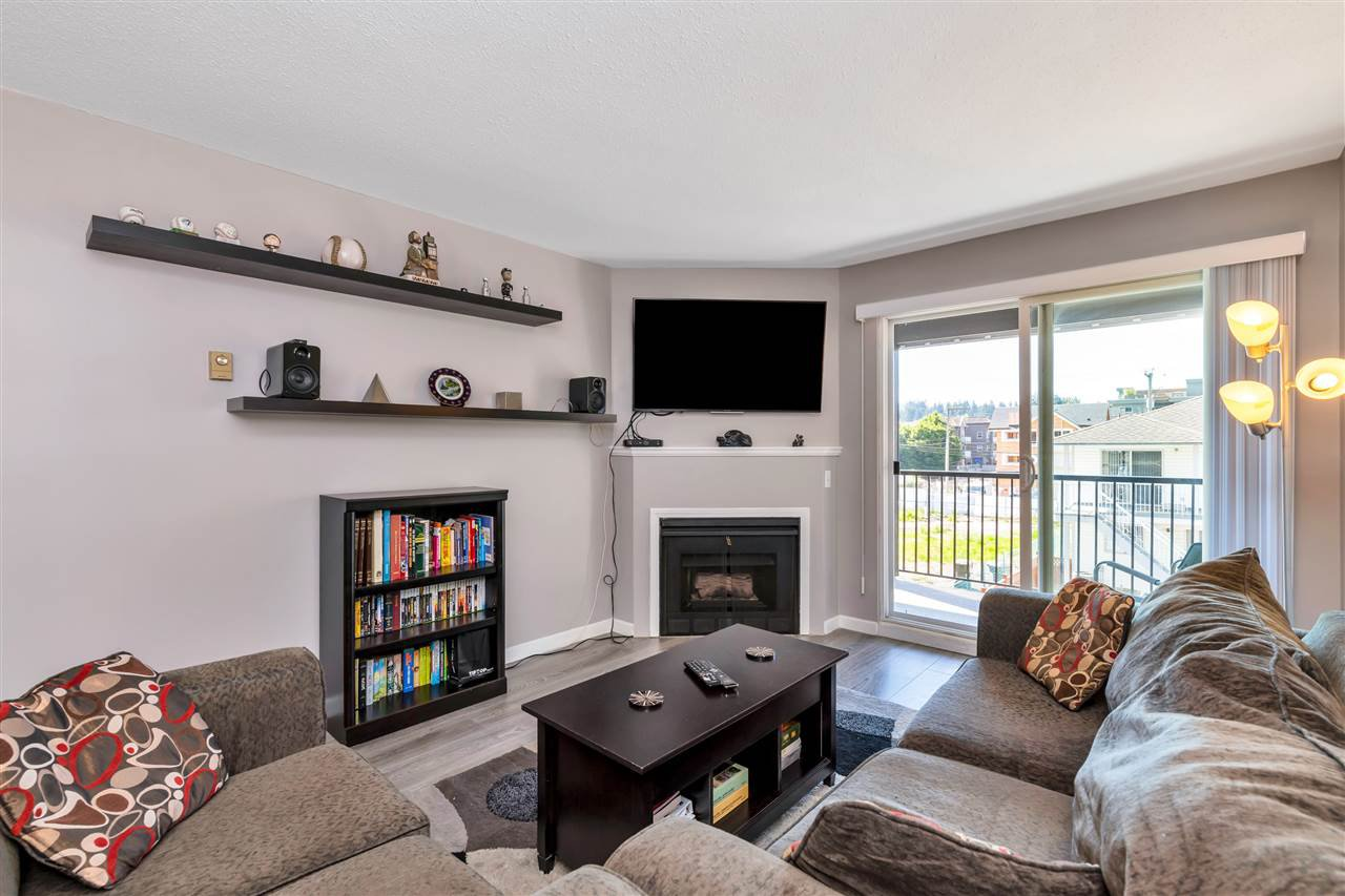 """Photo 6: Photos: 206 2344 ATKINS Avenue in Port Coquitlam: Central Pt Coquitlam Condo for sale in """"River Edge"""" : MLS®# R2478252"""
