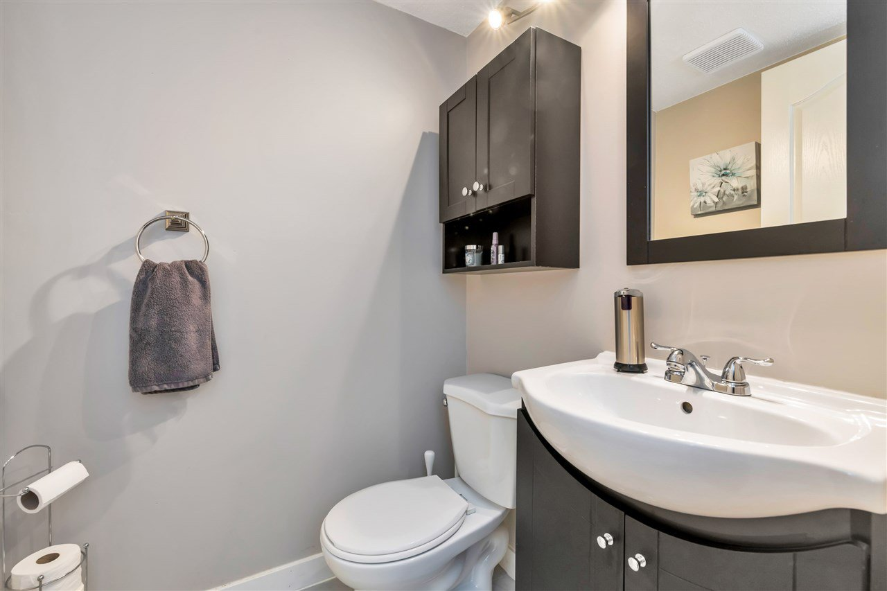 """Photo 10: Photos: 206 2344 ATKINS Avenue in Port Coquitlam: Central Pt Coquitlam Condo for sale in """"River Edge"""" : MLS®# R2478252"""