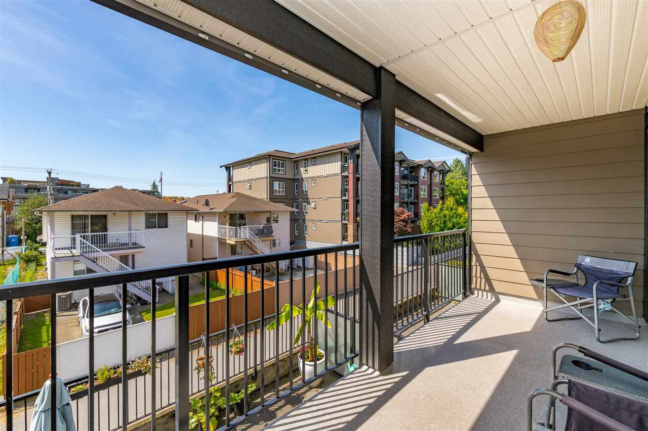 """Photo 16: Photos: 206 2344 ATKINS Avenue in Port Coquitlam: Central Pt Coquitlam Condo for sale in """"River Edge"""" : MLS®# R2478252"""
