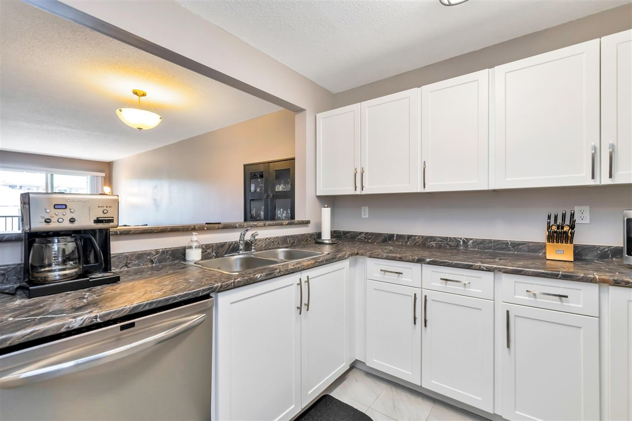 """Photo 7: Photos: 206 2344 ATKINS Avenue in Port Coquitlam: Central Pt Coquitlam Condo for sale in """"River Edge"""" : MLS®# R2478252"""