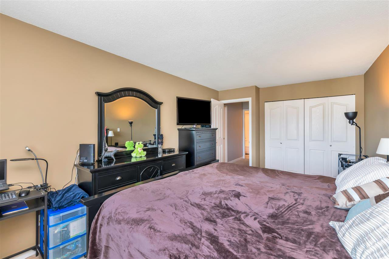 """Photo 12: Photos: 206 2344 ATKINS Avenue in Port Coquitlam: Central Pt Coquitlam Condo for sale in """"River Edge"""" : MLS®# R2478252"""