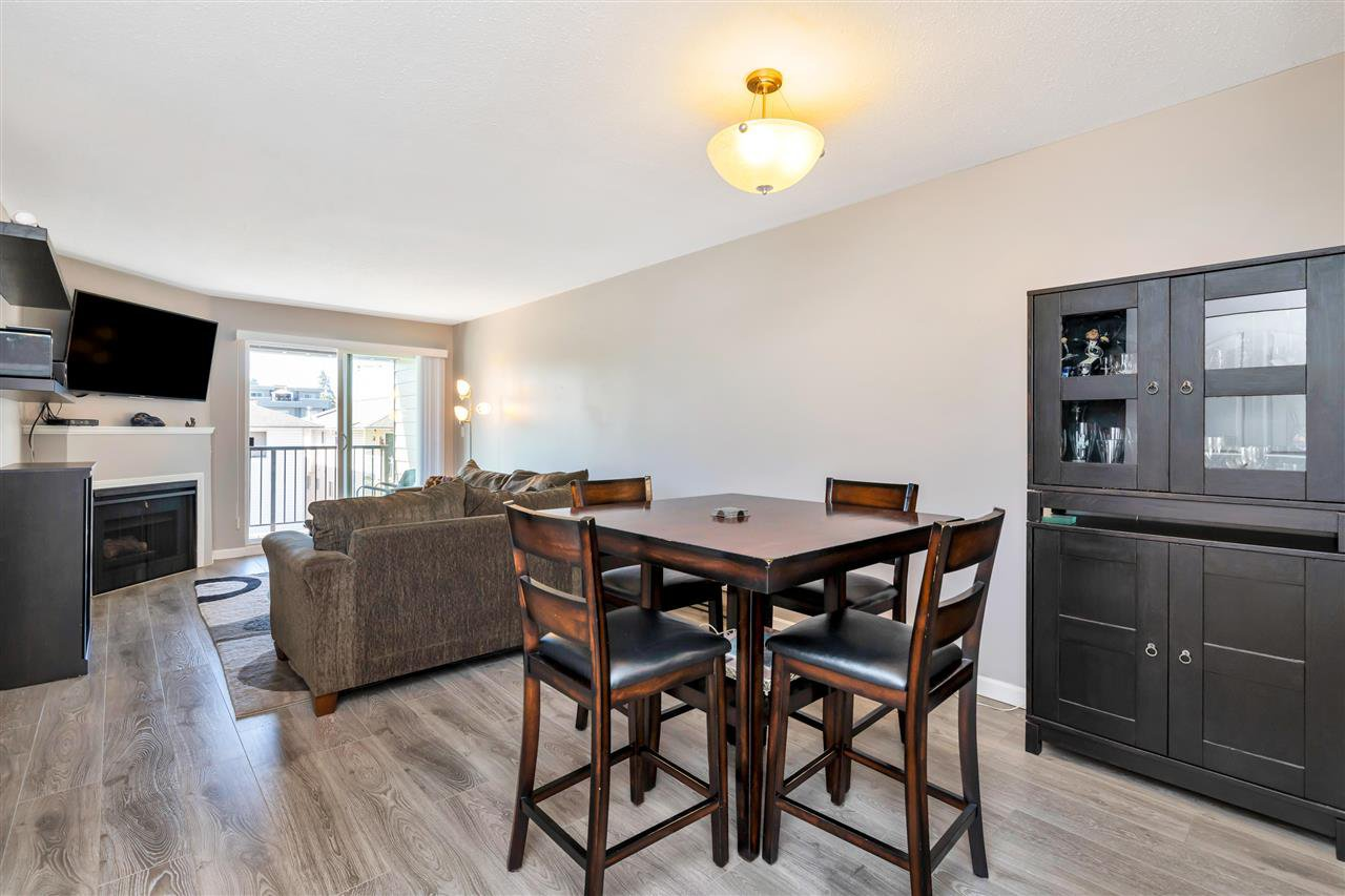 """Photo 3: Photos: 206 2344 ATKINS Avenue in Port Coquitlam: Central Pt Coquitlam Condo for sale in """"River Edge"""" : MLS®# R2478252"""