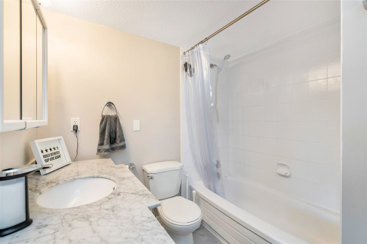 """Photo 13: Photos: 206 2344 ATKINS Avenue in Port Coquitlam: Central Pt Coquitlam Condo for sale in """"River Edge"""" : MLS®# R2478252"""