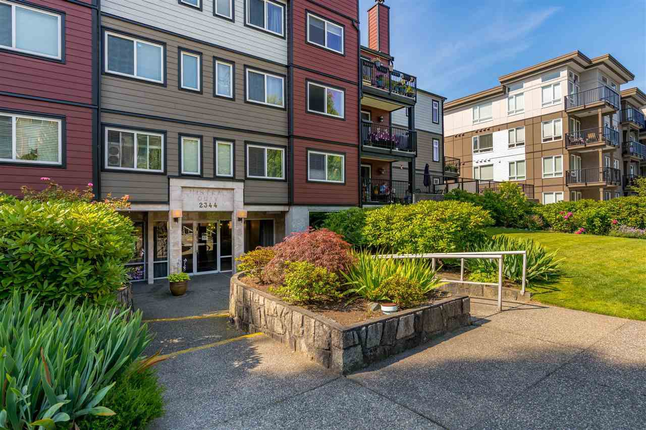 "Main Photo: 206 2344 ATKINS Avenue in Port Coquitlam: Central Pt Coquitlam Condo for sale in ""River Edge"" : MLS®# R2478252"