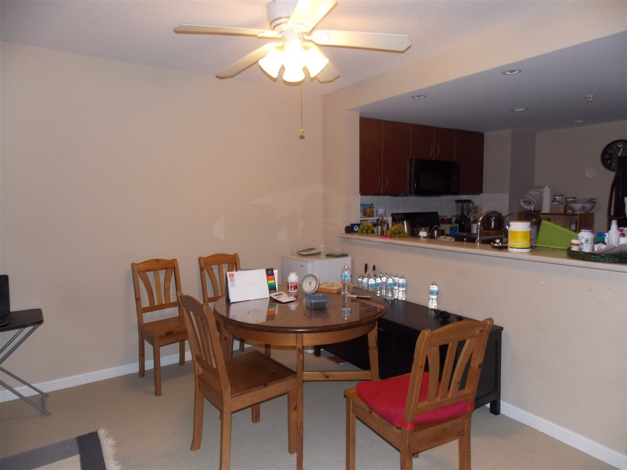 """Photo 4: Photos: 206 235 GUILDFORD Way in Port Moody: North Shore Pt Moody Condo for sale in """"THE SINCLAIR"""" : MLS®# R2512099"""