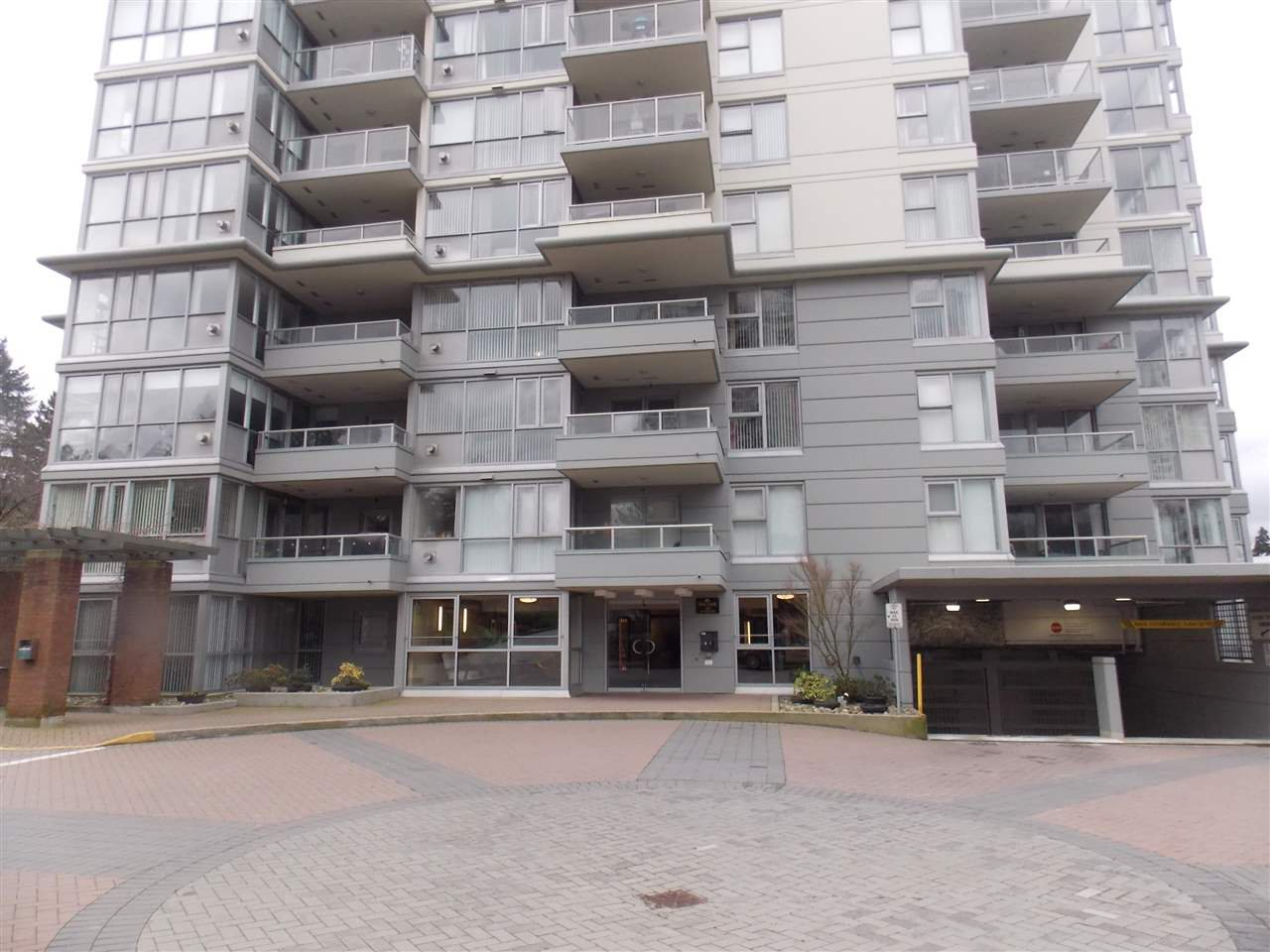 """Photo 11: Photos: 206 235 GUILDFORD Way in Port Moody: North Shore Pt Moody Condo for sale in """"THE SINCLAIR"""" : MLS®# R2512099"""