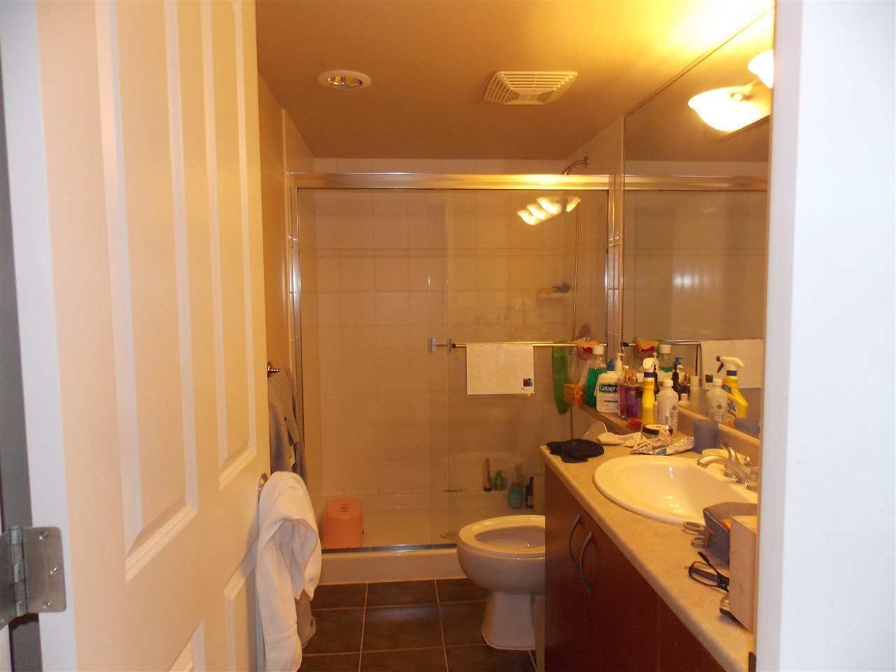 """Photo 8: Photos: 206 235 GUILDFORD Way in Port Moody: North Shore Pt Moody Condo for sale in """"THE SINCLAIR"""" : MLS®# R2512099"""