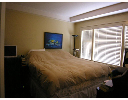 Photo 5: Photos: 660 W 13TH Avenue in Vancouver: Fairview VW House for sale (Vancouver West)  : MLS®# V761116