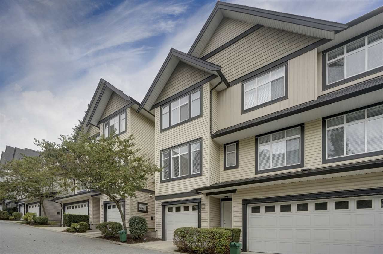 """Main Photo: 72 19932 70 Avenue in Langley: Willoughby Heights Townhouse for sale in """"SUMMERWOOD"""" : MLS®# R2405214"""