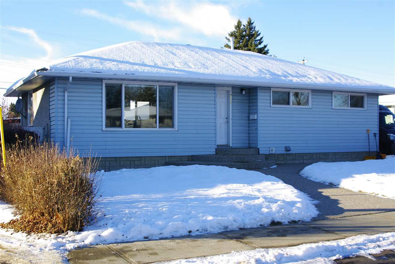 Main Photo: 9110 156 Street in Edmonton: Zone 22 House for sale : MLS®# E4222543