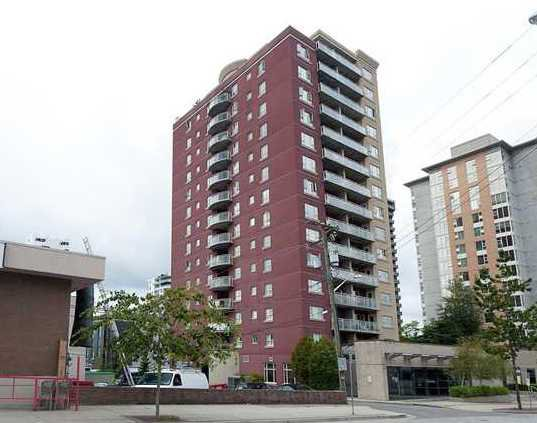 "Main Photo: 905 121 W 15TH Street in North Vancouver: Central Lonsdale Condo for sale in ""ALEGRIA"" : MLS®# V868133"