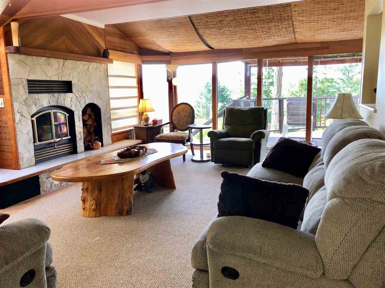 Photo 5: Photos: 4743 HOTEL LAKE Road in Garden Bay: Pender Harbour Egmont House for sale (Sunshine Coast)  : MLS®# R2424554