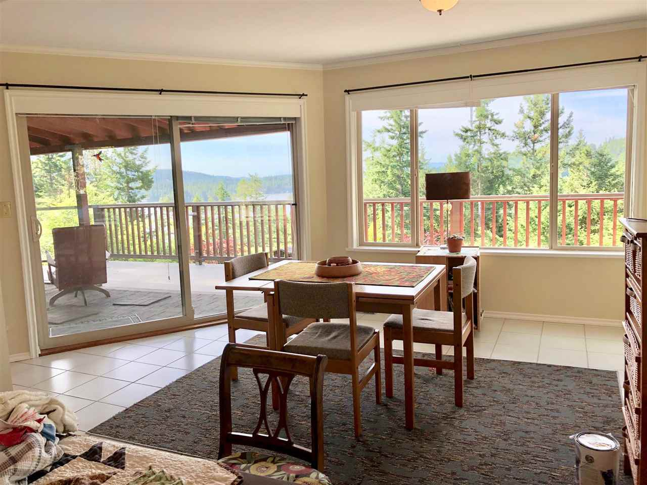 Photo 8: Photos: 4743 HOTEL LAKE Road in Garden Bay: Pender Harbour Egmont House for sale (Sunshine Coast)  : MLS®# R2424554