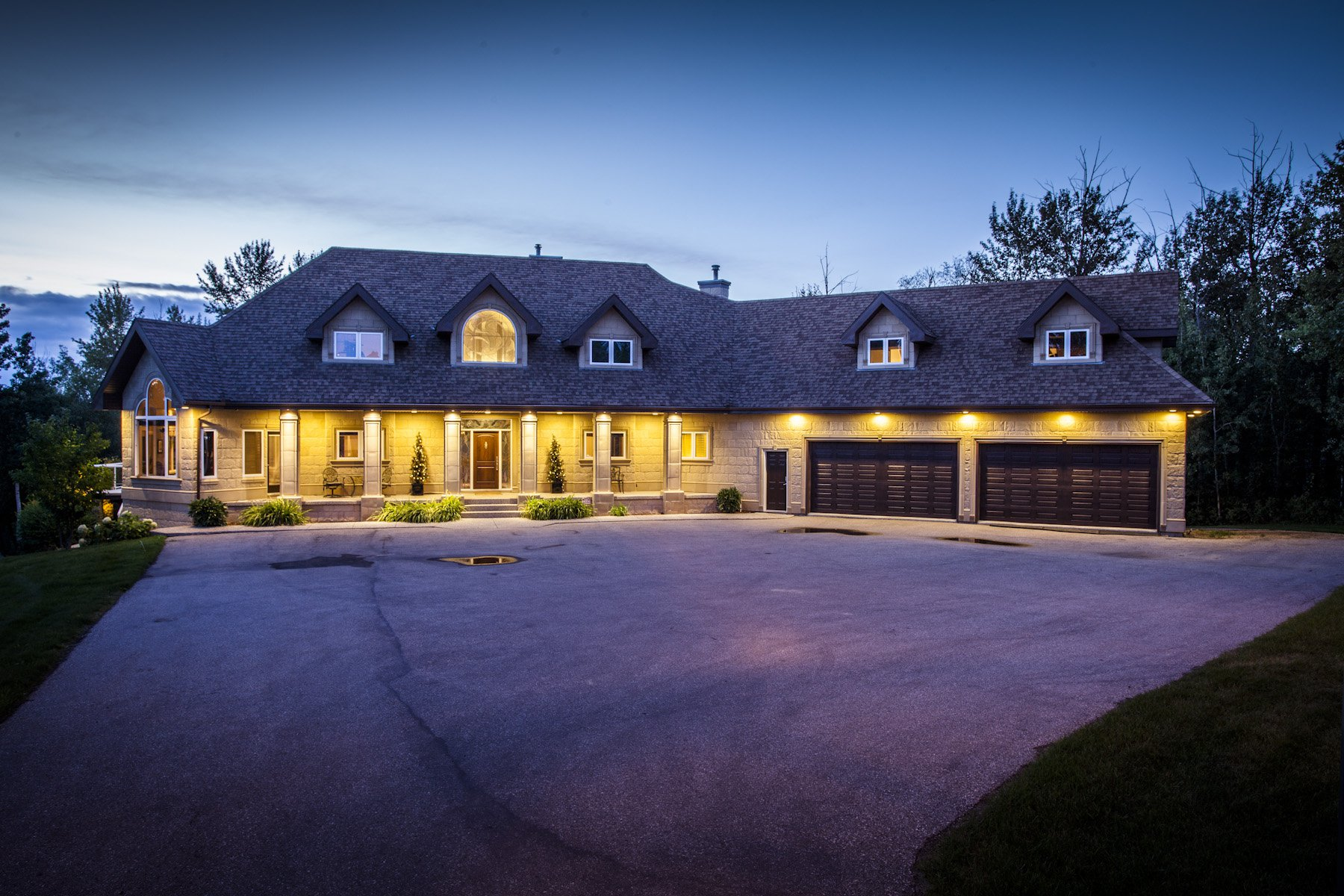 Main Photo: 244 Windermere DR in Edmonton: House for sale