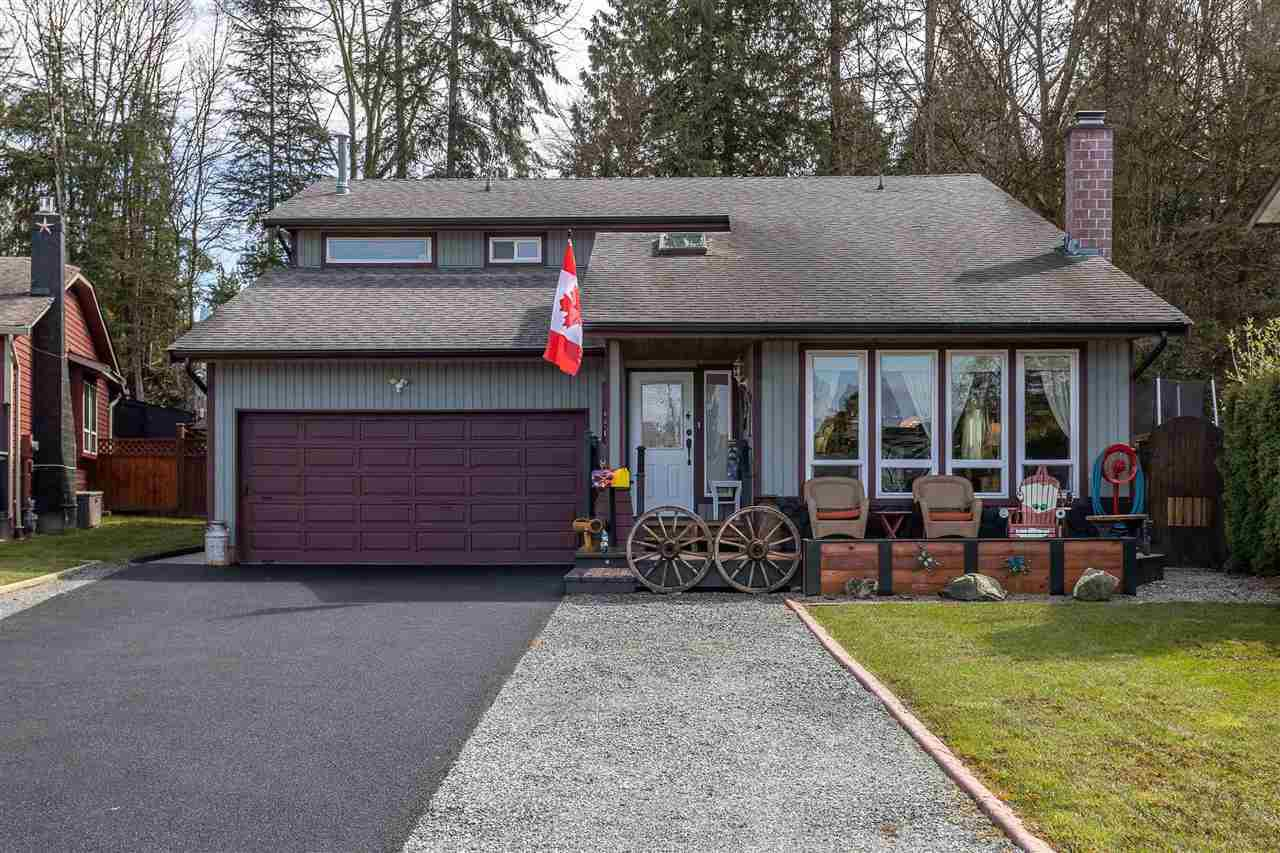 Main Photo: 19650 50A AVENUE in Langley: Langley City House for sale : MLS®# R2449912