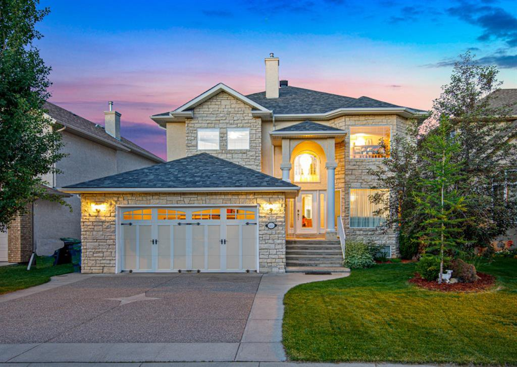 Main Photo: 165 STRATHLEA Place SW in Calgary: Strathcona Park Detached for sale : MLS®# A1025551