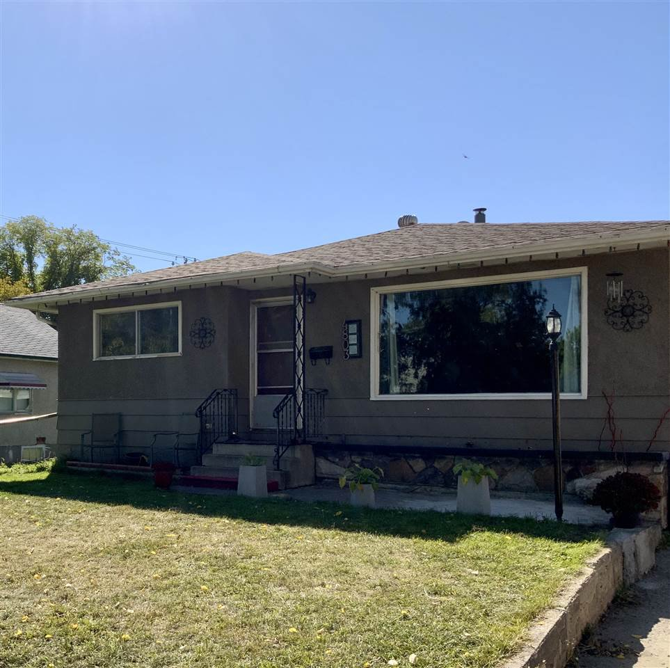 Main Photo: 4803 52 Avenue: Wetaskiwin House for sale : MLS®# E4214217