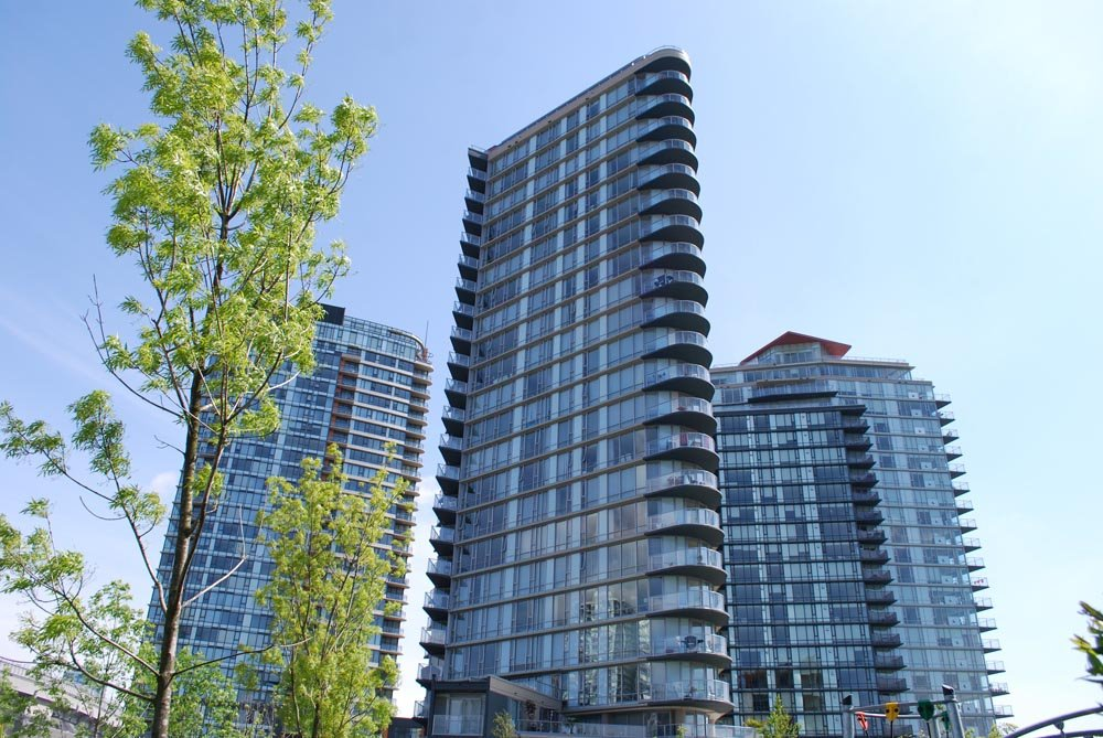 Main Photo: 2306 918 COOPERAGE Way in Vancouver: False Creek North Condo for sale (Vancouver West)  : MLS®# V854637