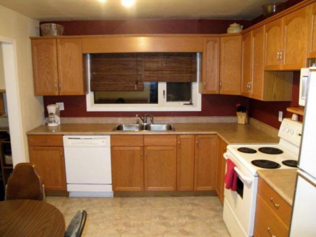 Photo 6: Photos:  in WINNIPEG: East Kildonan Residential for sale (North East Winnipeg)  : MLS®# 1021178