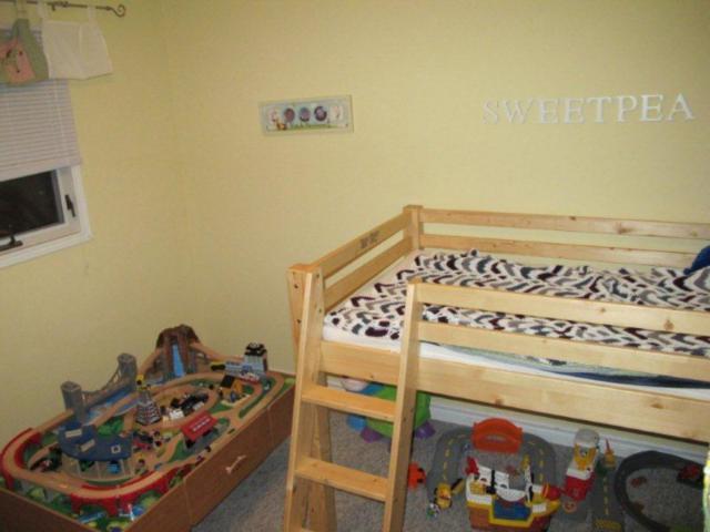 Photo 15: Photos:  in WINNIPEG: East Kildonan Residential for sale (North East Winnipeg)  : MLS®# 1021178