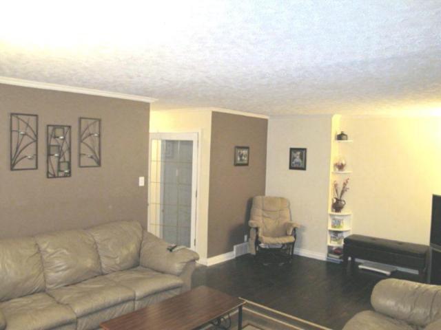 Photo 11: Photos:  in WINNIPEG: East Kildonan Residential for sale (North East Winnipeg)  : MLS®# 1021178