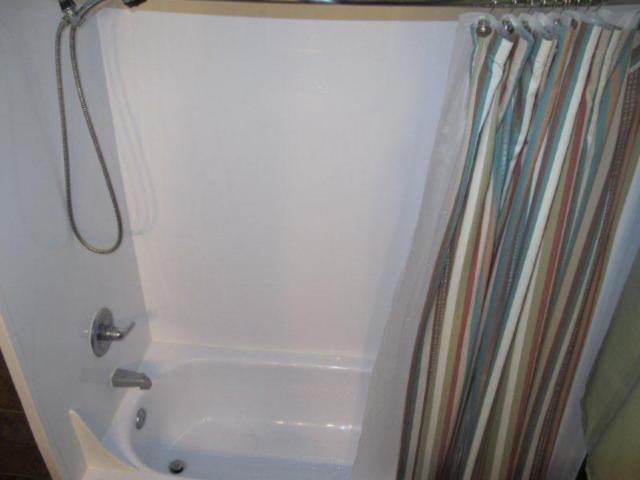 Photo 17: Photos:  in WINNIPEG: East Kildonan Residential for sale (North East Winnipeg)  : MLS®# 1021178