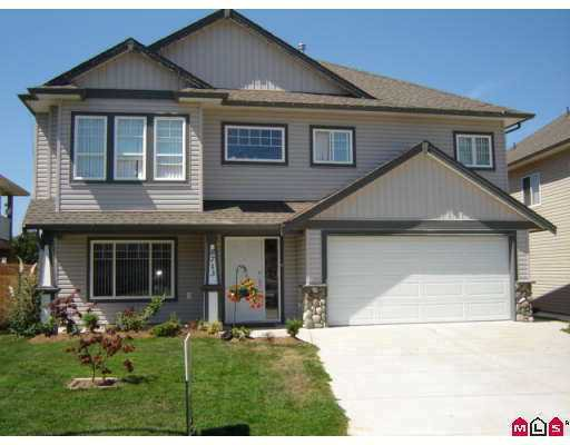 "Main Photo: 8713 HENDERSON ST in Mission: Mission BC House for sale in ""Cedar Valley Estates"" : MLS®# F2617567"