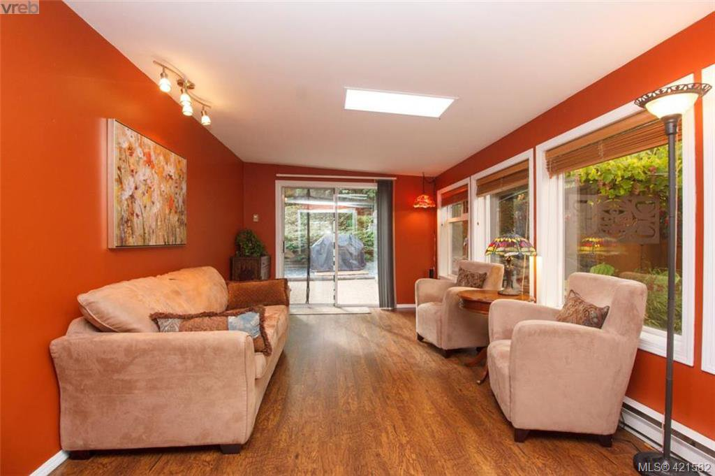 Photo 16: Photos: 6648 Rey Road in VICTORIA: CS Tanner Single Family Detached for sale (Central Saanich)  : MLS®# 421582