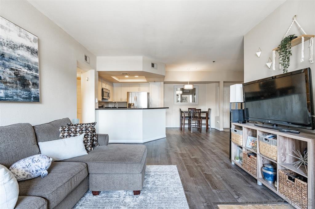 Main Photo: MISSION VALLEY Condo for sale : 2 bedrooms : 680 Camino De La Reina #2202 in San Diego
