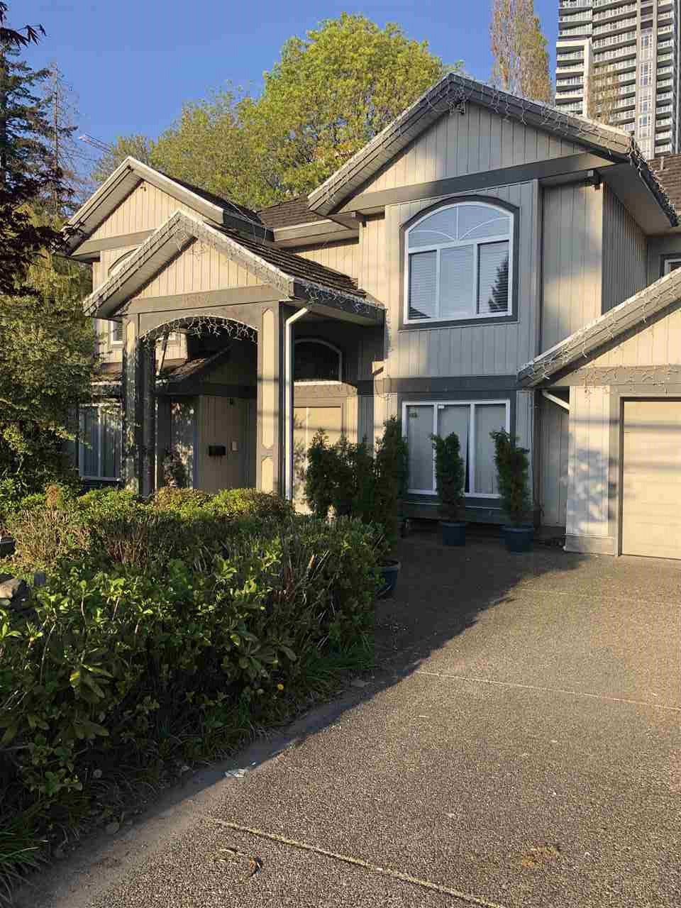 "Main Photo: 10304 132 Street in Surrey: Whalley House for sale in ""City Centre"" (North Surrey)  : MLS®# R2451954"