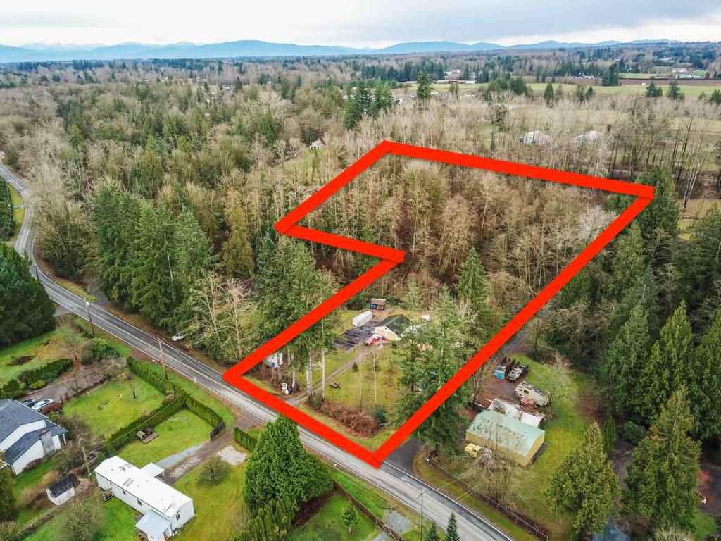 Main Photo: 25352 72 Avenue in Langley: County Line Glen Valley House for sale : MLS®# R2522930