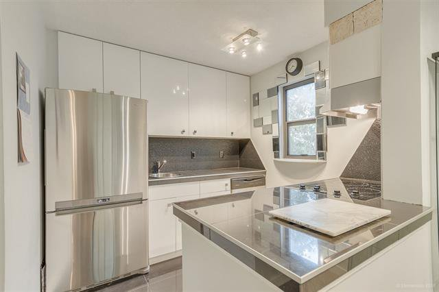 Main Photo: 413 2142 Carolina Street in Vancouver: Mount Pleasant VE Condo for sale (Vancouver East)  : MLS®# R2523020